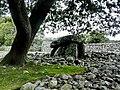 Dyffryn Burial Chamber - panoramio (1).jpg