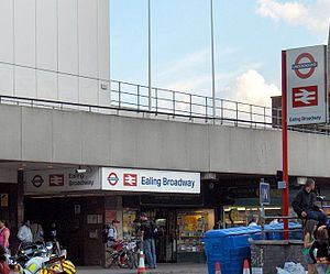 Ealing Broadway station - Station entrance