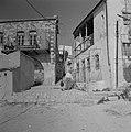 Een straatje in Safad (Safed) Huizen met smeedijzeren details en een straat met, Bestanddeelnr 255-4007.jpg