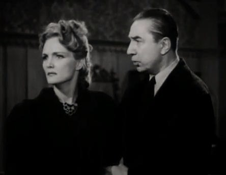 Elizabeth Russell-Béla Lugosi in The Corpse Vanishes