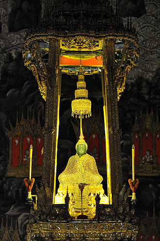 History of Laos - Emerald Buddha