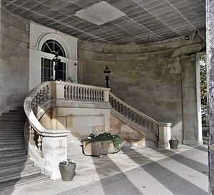 Stover, Teigngrace - Image: Entrance Stair Stover House Devon