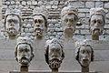 Estatuas de reyes procedentes de Nôtre Dame. 02.JPG