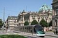 Eurotram Strasbourg devant Bibliothèque nationale et universitaire.jpg