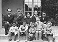 Famille Ouang avec Familles Joliot-Curie et Biquard.jpg