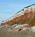 Famous three-coloured cliffs of Hunstanton - panoramio.jpg