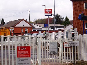 Farnborough North railway station - Image: Farnborough north crossing