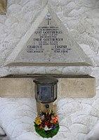 Feuerhalle Simmering - Arkadenhof (Abteilung ALI) - Josef Gottsberger 02.jpg
