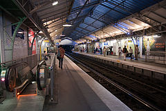 Flickr - Whiternoise - Paris Metro Station.jpg