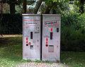 Frankfurt-Hoechst Friedhof Grablichtautomat.jpg