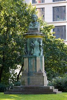 Denkmal Guiolletts in der Taunusanlage (Quelle: Wikimedia)