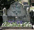 Friedhof Wilmersdorf - Grab Heinrich Seeling.jpg
