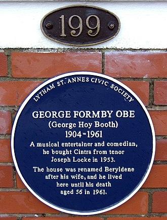 Lytham St Annes - Blue plaque at Formby's house Beryledene, Inner Promenade, Lytham St Annes, Lancashire