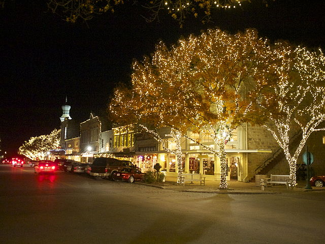 File:Georgetown Christmas.jpg