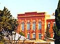 Gimnaziya binası. Gəncə şəhəri.jpg