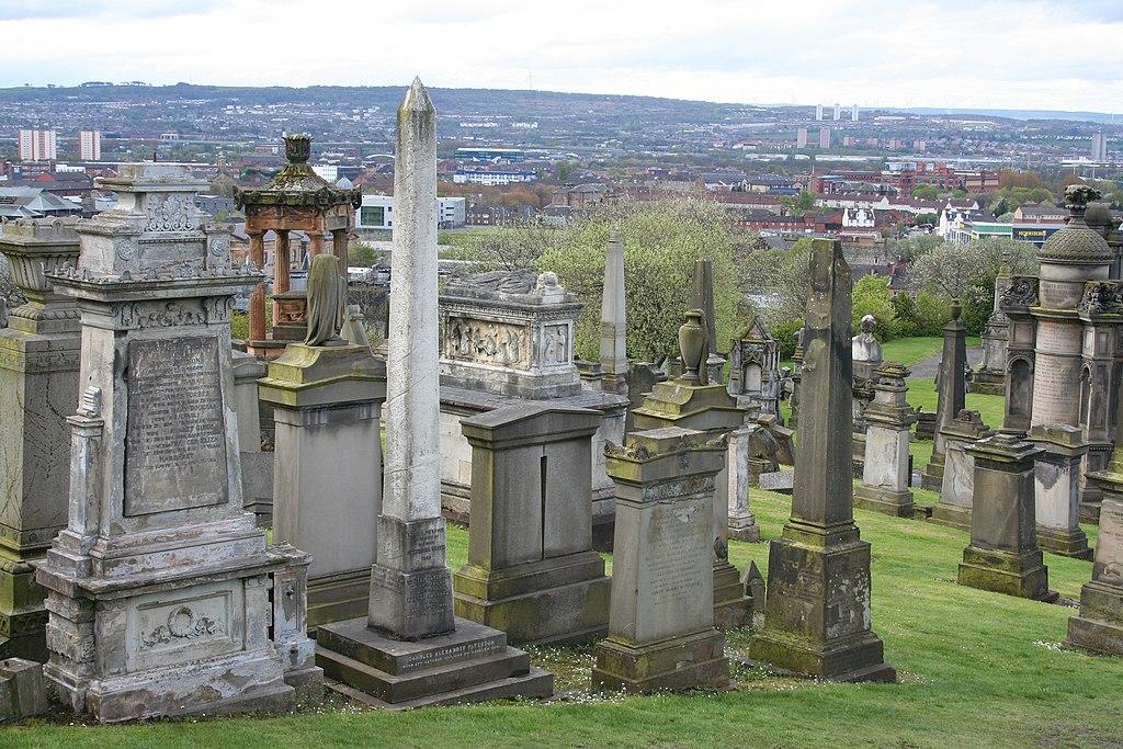"""Vue sur Glasgow depuis la """"city of Deads"""", nécropole de la plus grande cité écossaise © MSeses / Wikimedia Commons / CC BY-SA 4.0"""