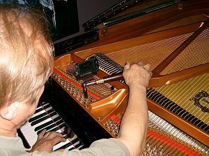 Piano tuning - Tuning a grand piano