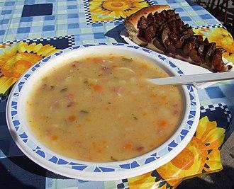 "Palatine cuisine - Grumbeersupp un Quetschekuche (""potato soup and plum cake"")"
