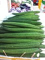 HK Sai Ying Pun 佳寶食品超級市場 Kai Bo Food Supermarket vegetable 絲瓜 勝瓜 Luffa June-2012.jpg