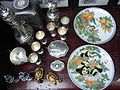 HK Sheung Wan 犘羅上街 Upper Lascar Row 2nd hand China plates art Pandas n golden fishes May-2012.JPG