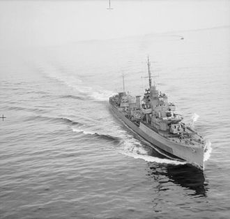 G and H-class destroyer - Aerial view of Garland at low speed