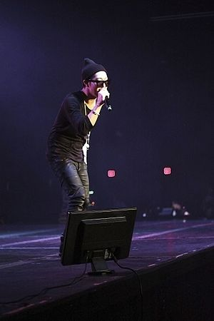 Haha (entertainer) - Haha on stage, Running Man Bros' US Tour, Dallas, December 14, 2014