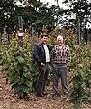 Hans Jörg Böhm mit Prof. Dr. H. Becker in Geisenheim.jpg