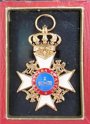 House Order of the Wendish Crown - Image: Hausorden der Wendischen Krone Komturkreuz