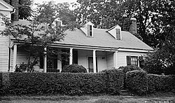 Heartsease, 113 East Queen Street, Hillsborough (Orange County, North Carolina).jpg