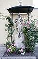 Heilig-Kreuz-Kirche Madonna.jpg