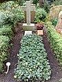 Helene Jacobs grave.jpg