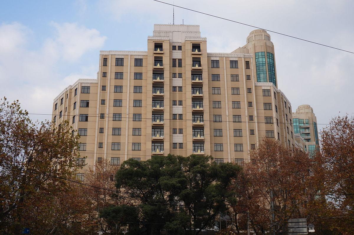 Https Www Apartments Com Santa Rosalia Apartment Homes Los Angeles Ca Kypgg