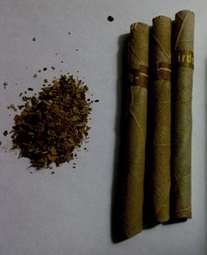 Herbal cigarette - Image: Herbal Dhoompan