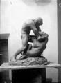 Hercule terrassant le lion sculpture d'Alfred Marzolff photographié par Lucien Blumer (2).png