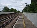 Hersham station look east3.JPG