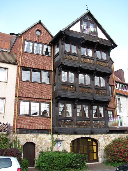 Half-timbered house (1981) built on the medieval city wall in Muhlenstrasse HiMuehlenstrasse.jpg