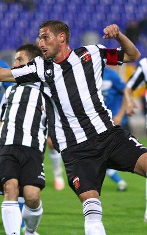 Hristo Zlatinski - Zlatinski playing for Lokomotiv Plovdiv in 2012