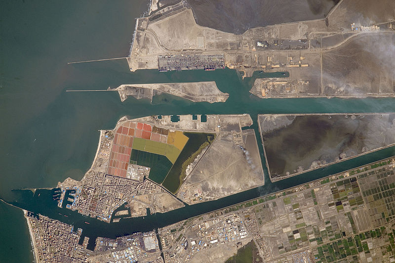 File:ISS-46 Suez Canal, Port Said, Egypt.jpg