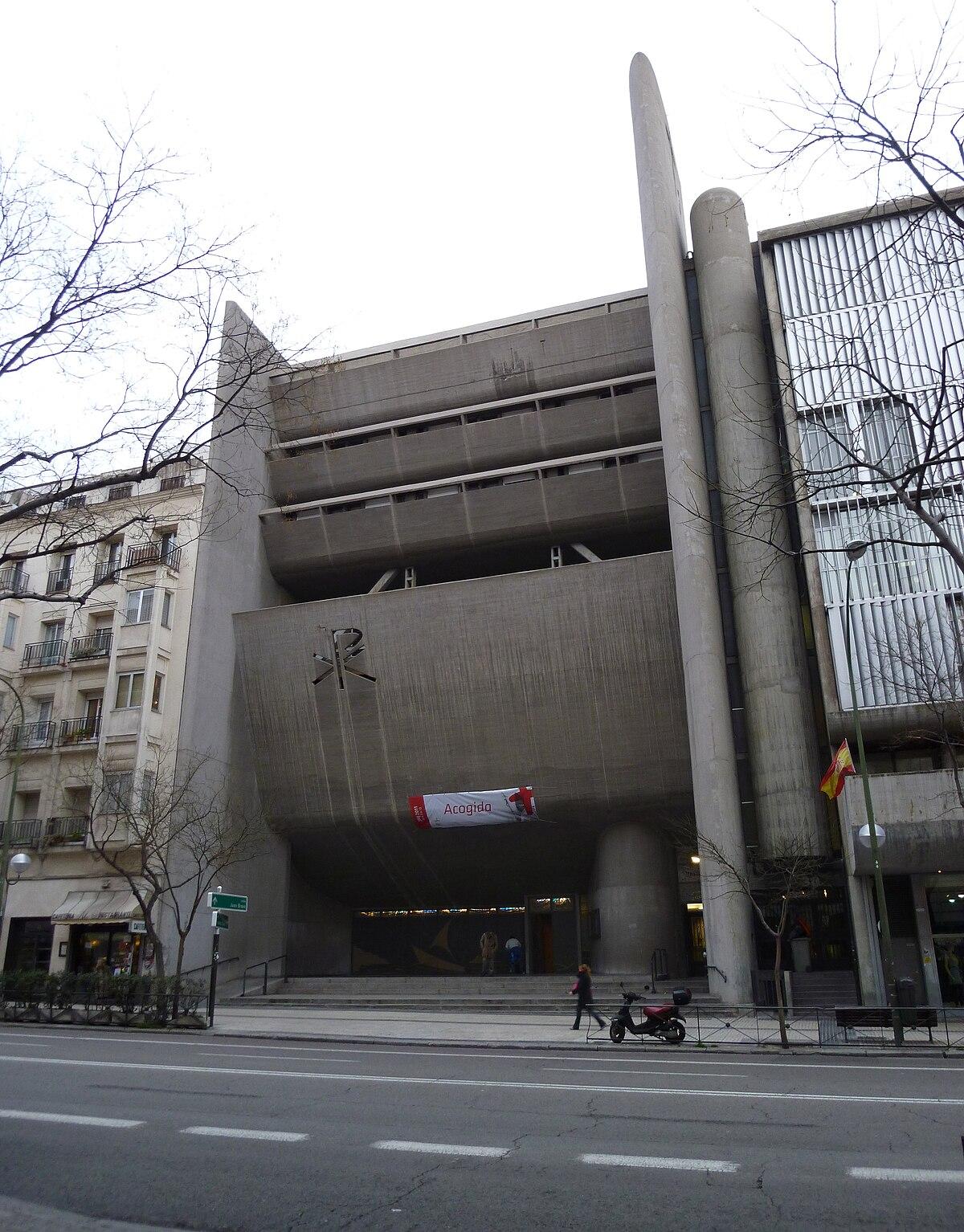 Iglesia de Nª Señora del Rosario de Filipinas (Madrid) 01.jpg