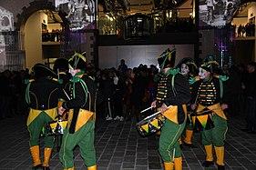Inauguration Capucins poupees 03.jpg