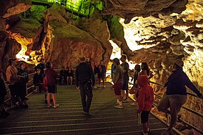 Inside Jewel Cave National Monument - (15096023561).jpg