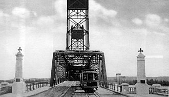MAX Yellow Line - A Vancouver Line streetcar seen crossing the Interstate Bridge in 1917