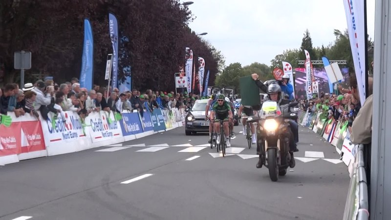 File:Isbergues - Grand Prix d'Isbergues, 21 septembre 2014 (D058A).ogv