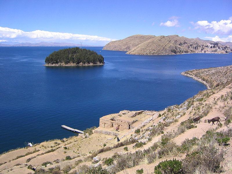 Rikcha:Isla Chelleca Estrecho de Yampupata y Lago Titicaca La Paz Bolivia.jpg