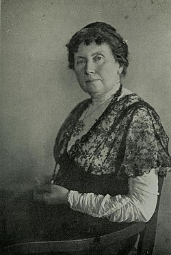 Isolde Kurz, c. 1913.jpg