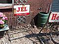JEL Vruchtenlimonade emaile reclamebord op fietsenrek, foto3.JPG