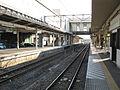 JREast-Shim-maebashi-station-platform-20110406.jpg