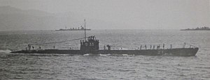 Japanese submarine Ro-33 in 1939.jpg