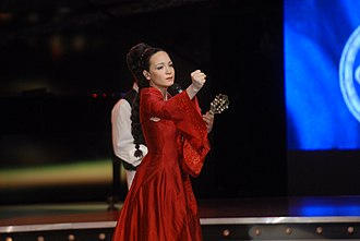 Beovizija 2008 - Jelena Tomašević performing Oro at Beovizija 2008