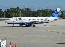 JetBlue Airbus A320 (N580JB) at Orlando Airport (MCO)